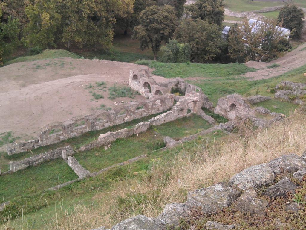 mitropolijski-dvor-ii.jpg