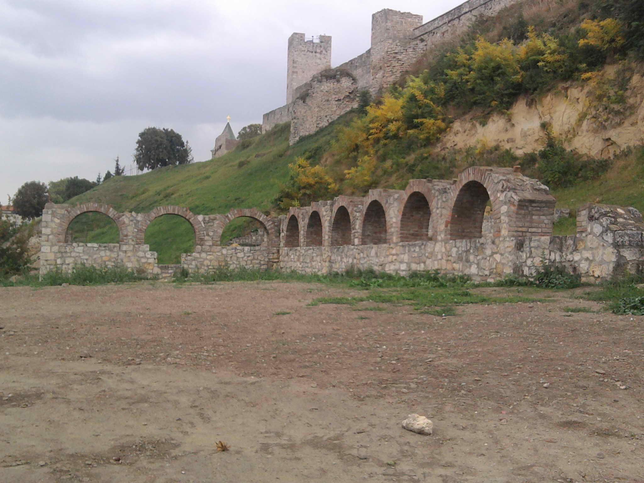 mitropolijski-dvor-u-beogradu.jpg