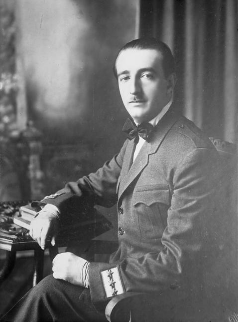 **Ахмед-бег Зогу** (1895—1961), један од најзначајнијих албанских политичара између два светска рата.