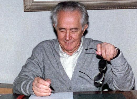 **Милован Ђилас**, један од водећих руководилаца Комунистичке партије Југославије а потом истакнути дисидент.