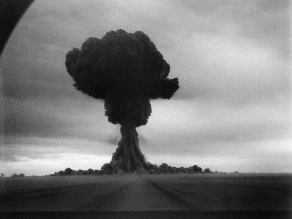 **RDS-1**, прва совјетска нуклеарна проба изведена 29. августа 1949. године. У америчким извештајима је обележена као Џо 1, што је алузија на Јосифа (енглески //Joseph//, скраћено //Joe//) Стаљина.