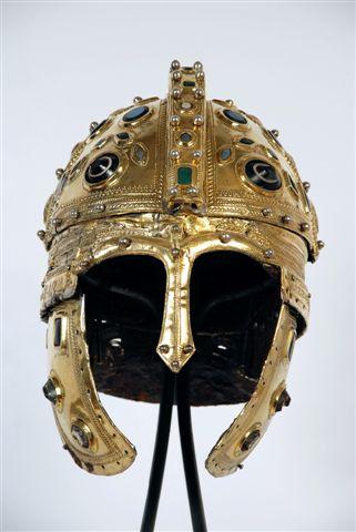 Шлем из Беркасова, један од најлепших примерака позноримске војне опреме. Откривен у сремском селу Беркасово, код Шида, 1955. године. Пронађен је у пару са другим, слабије очуваним шлемом на коме се налази натпис VICIT /LIC/INIANA којим се призива Лицинијева победа. Могуће је да су оба шлема припадала Лицинијевим официрима који су их сакрили или изгубили након пораза код Цибале (Винковаца) 316. године. Данас се ови дивни шлемови могу видети у новосадском Музеју Војводине.