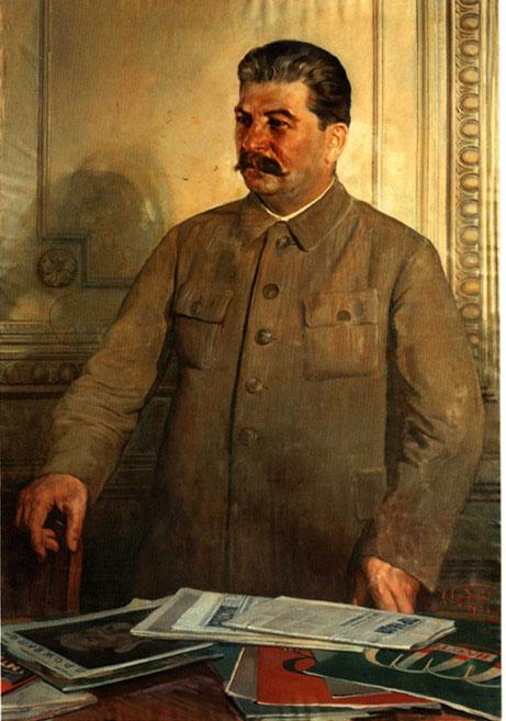 **Исак Бродски** (1883—1939), Стаљин, портрет, уље на платну из 1937. године. Стаљин стоји над столом прективеним новинама и часописима. Имао је обичај да редигује чланке, књиге и дела из различитих области и посвећено је читао током читавог живота. Стаљин као интелектуалац и учитељ била је једна од честих тема совјетске пропаганде.